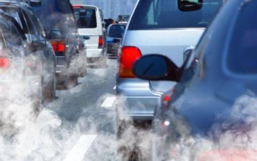 Aria, PM10 e altri inquinanti: Penalizzati i pendolari che devono entrare in città
