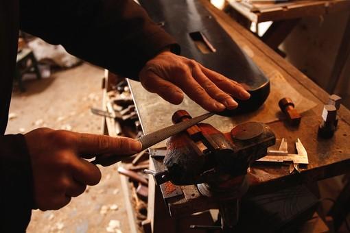 Occupazione, in Piemonte il fabbisogno è di almeno 240mila persone: servono infermieri, insegnanti e artigiani