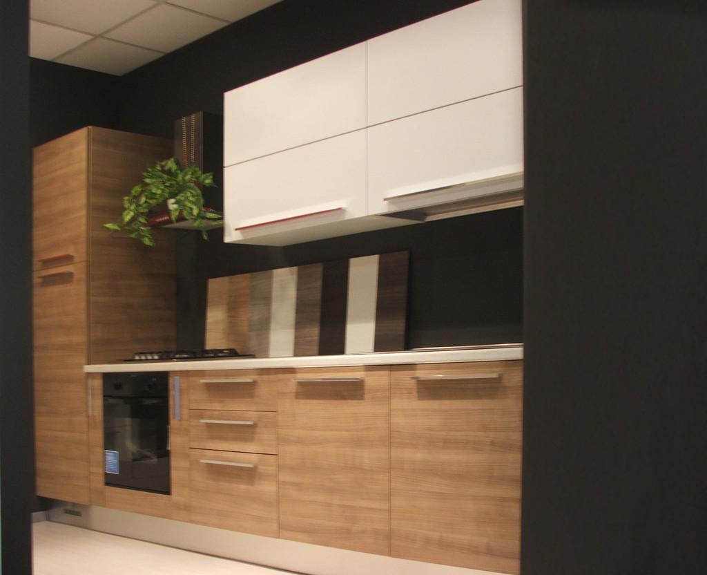 Mercandino mobili esperienza qualit e capacit di - Cucina qualita prezzo ...