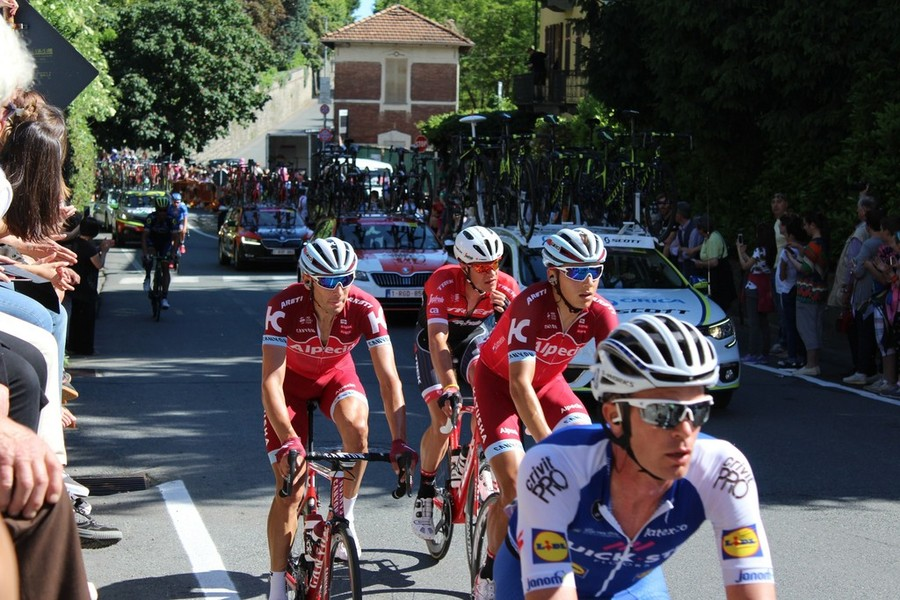 Giro d'Italia. Quintana nuova maglia rosa, Nibali guadagna terreno