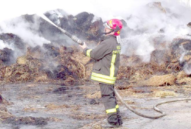 Concorso vigili del fuoco, aperte le iscrizioni: ecco come candidarsi
