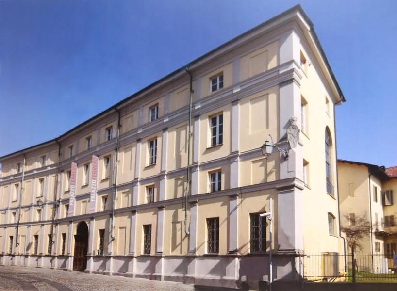 Edifici storici del biellese palazzo ferrero la via dell idroterapia - Progetto casa biella ...