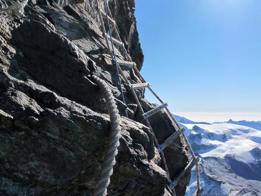 Cervino, recuperati due spagnoli bloccati sul versante italiano