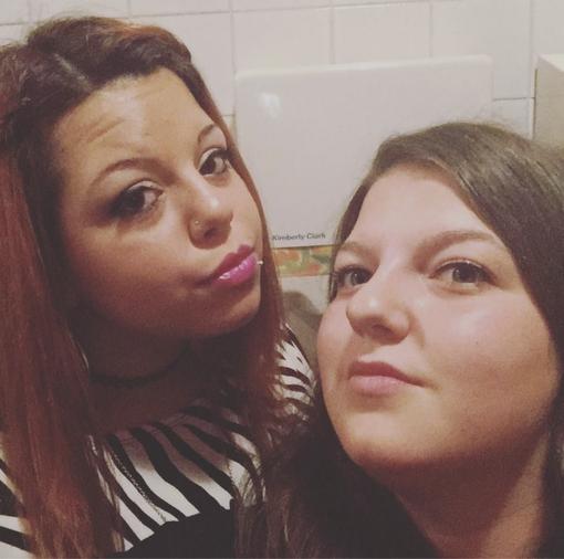 Vercelli, auto si ribalta nella notte: morte due ragazze di 20 anni