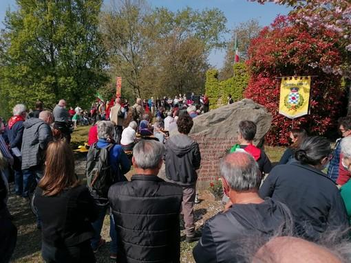 Donato, il 25 Aprile tra polemiche e consensi: In oltre 300 a Lace per ricordare FOTO