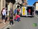 Cossato: Cade a terra in via Mazzini, soccorso dai passanti