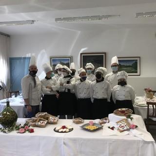 """""""Arte Bianca 360°"""": all'Alberghiero di Mosso un corso di pasticceria"""