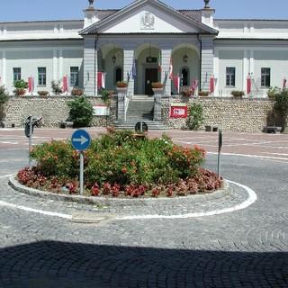 Candelo: Investimenti, convenzioni e interpellanze al centro del consiglio comunale