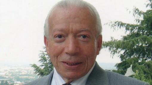 Schianto a Carisio: un mese dopo la moglie muore il medico biellese Vittorio Fiorani