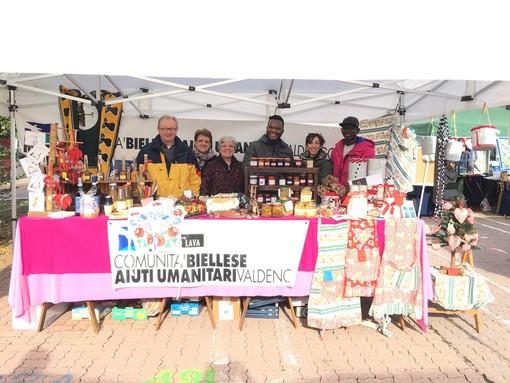 Comunità Biellese Aiuti Umanitari ai mercatini di Natale per la solidarietà