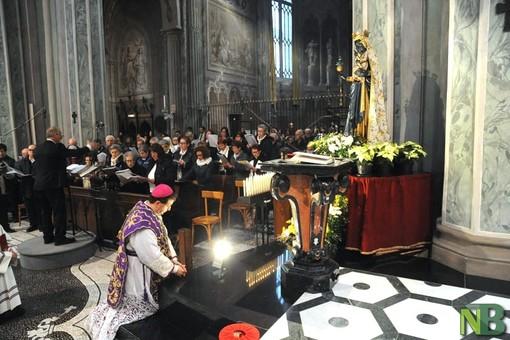 vescovo madonna oropa