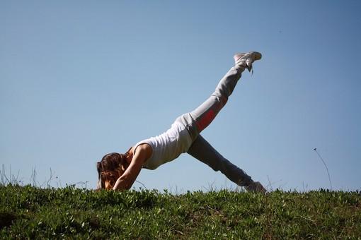 Ripresi i corsi di Mente Locale Social Club  come pilates - Foto di repertorio