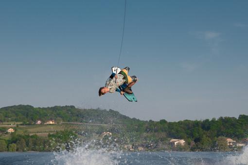 Stefano James Comollo, da Viverone agli Stati Uniti per i mondiali di wakeboard