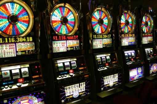 """Il Questore 'bacchetta' i Comuni: """"Adeguarsi alle normative sul gioco d'azzardo"""""""