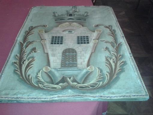 L'antico stemma di Occhieppo Superiore è tornato a casa
