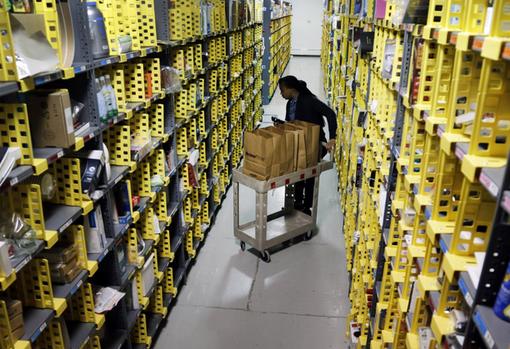 Amazon cerca nuovi magazzinieri