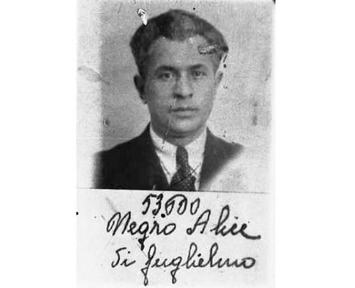 Alice Negro nella foto tratta dalla scheda nella banca dati delle vittime italiane di repressioni in Urss, a cura dell'Associazione Memorial Italia