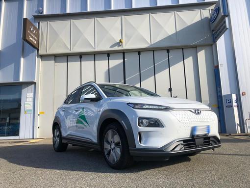Auto elettriche, aumentano le vendite in Europa e nel mondo. Ma com'è l'esperienza di guida? FOTO e VIDEO