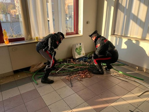 Dal Nord Ovest - Tentano di rubare 150 kg di rame, arrestati dai carabinieri VIDEO
