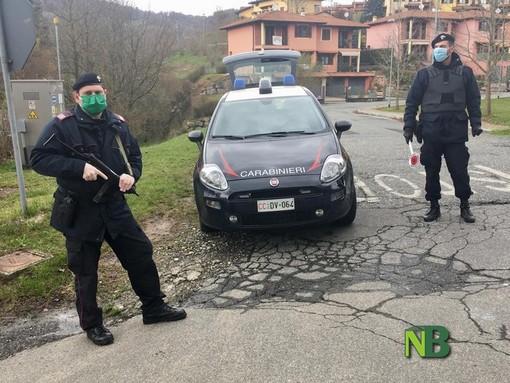 I Carabinieri di Bioglio durante un posto di blocco