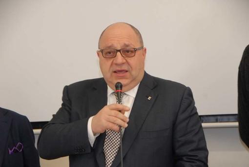 """Il sindaco Claudio Corradino su Seab: """"Non voterò mai per la vendita e la privatizzazione della società"""""""