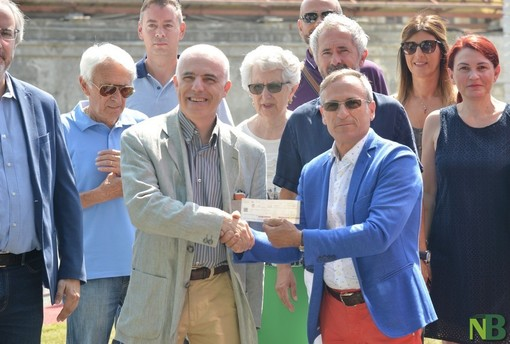Da Collegio di Sant'Antonio Abate e Borgo Agnello 4mila euro per LILT Biella