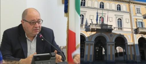 """Nuovo decreto, Corradino: """"Si diano subito misure economiche"""". E in città si manifesta"""