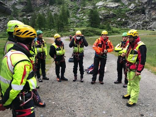 Dal Nord Ovest - Ritrovato il corpo dell'alpinista caduto in un crepaccio sul Gran Paradiso FOTO e VIDEO