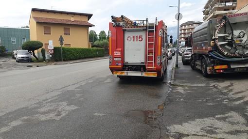 Danni d'acqua a Biella, in via Candelo - Foto Benedetti per newsbiella.it