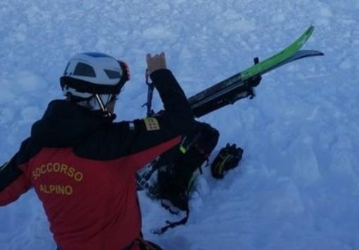 Travolto da una valanga ad Alagna, morto giovane snowboarder di Pray
