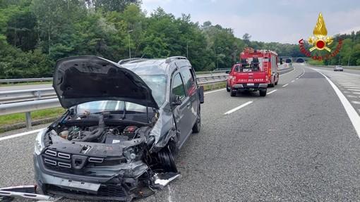 Incidente sulla A26. Intervento dei Vigili del Fuoco