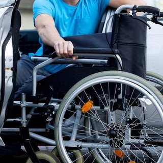 Riconoscimento dello stato di handicap: la Cgil Biella interroga l'Asl sul ritardo dei verbali