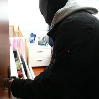 Dorzano: Magro bottino per i ladri di alloggio