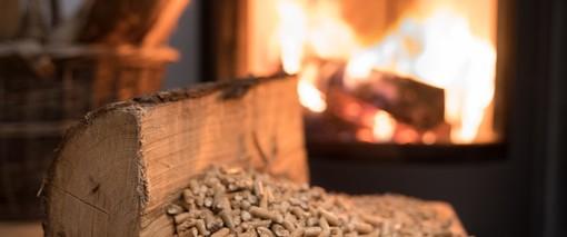"""Biomasse e polveri sottili, Aiel con Uncem: """"Per migliorare la qualità dell'aria il futuro passa dalle energie rinnovabili"""""""