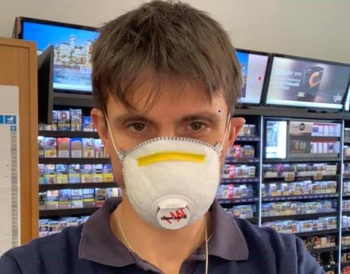 """Coronavirus, Matteo Lometti, 30 anni, tabaccaio e runner per passione si sfoga: """"Basta insulti"""""""