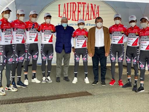 Lauretana al Giro d'Italia con il team Androni Giocattoli Sidermec VIDEO