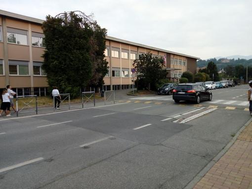 Rientro a scuola a Vigliano, genitori sereni