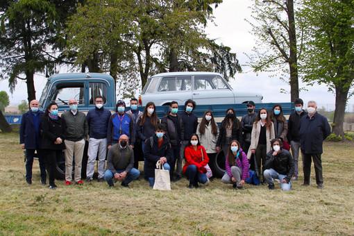 Mezzi storici, studenti in visita a Stroppiana da 'Marazzato' per creare un polo di interesse attivo tutto l'anno