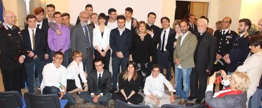 """Studenti del Cnos Fap di Vigliano ospiti in prefettura per """"Il processo alla mafia"""""""