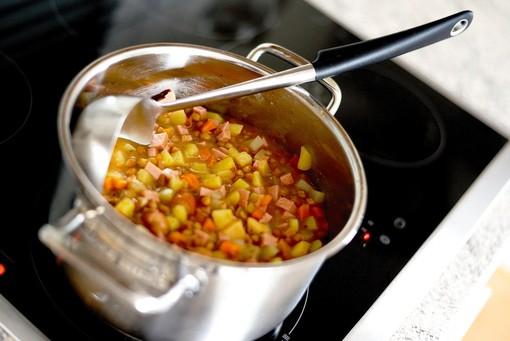 Il minestrone, la tua riserva quotidiana di verdura