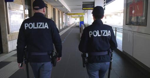 agenti polizia