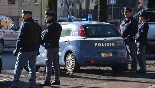 polizia cinture non funzionanti