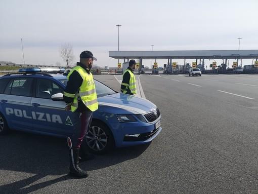 Dal Nord Ovest - Contromano per 40 km sulla Torino-Milano, con tasso alcolico 6 volte oltre i limiti