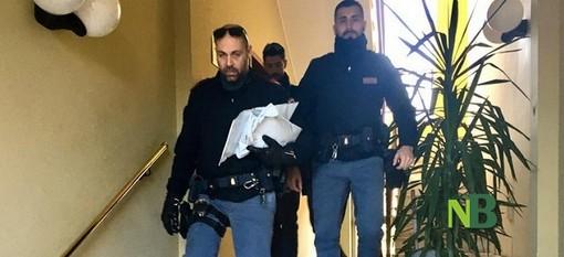 Follia in via Gorei, la donna colpita dal ferro da stiro è ancora in prognosi riservata al Cto di Torino