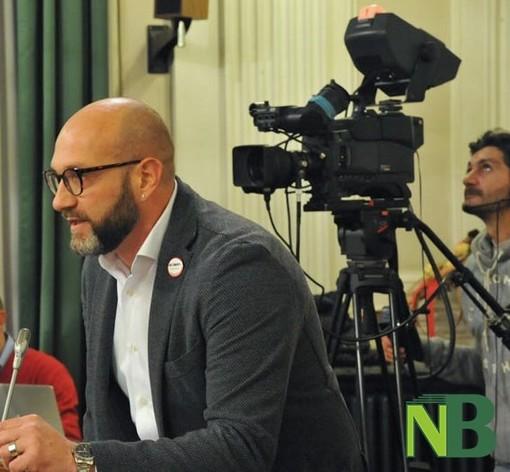"""Rocco Botta e attivisti Movimento 5 Stelle: """"Fuori i nomi"""". Petizione per la destinazione dei fondi perduti"""