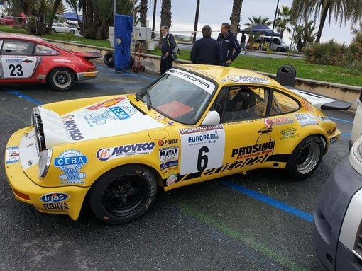 Si scaldano i motori per il Rally di Sanremo, si schierano gli equipaggi della scuderia Rally&co