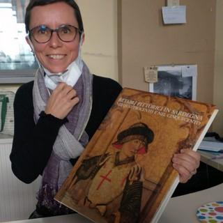 Libro biellese che parla di Sardegna donato alla Biblioteca di Su Nuraghe