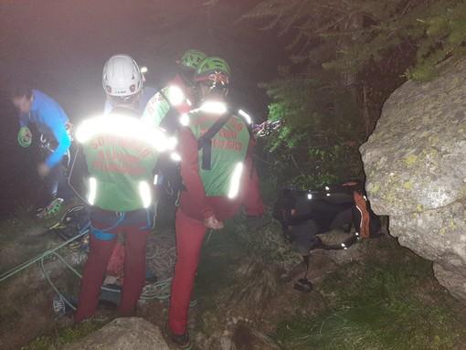 Dal Nord Ovest - Escursionista trovato morto in un rio. Corpo recuperato nella notte