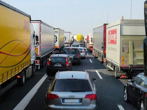 Autostrade per la Liguria e autotrasporto: Le imprese piemontesi rischiano di essere drasticamente penalizzate