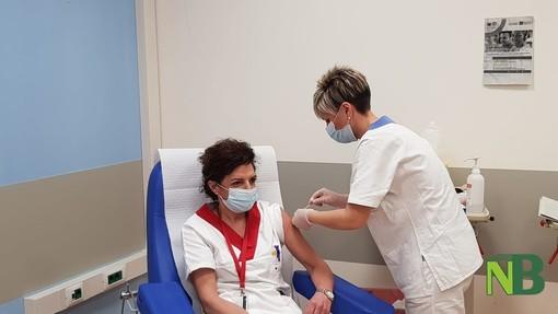 Vaccino anti covid, il Piemonte corre: 67 mila dosi per l'81 per cento delle disponibili